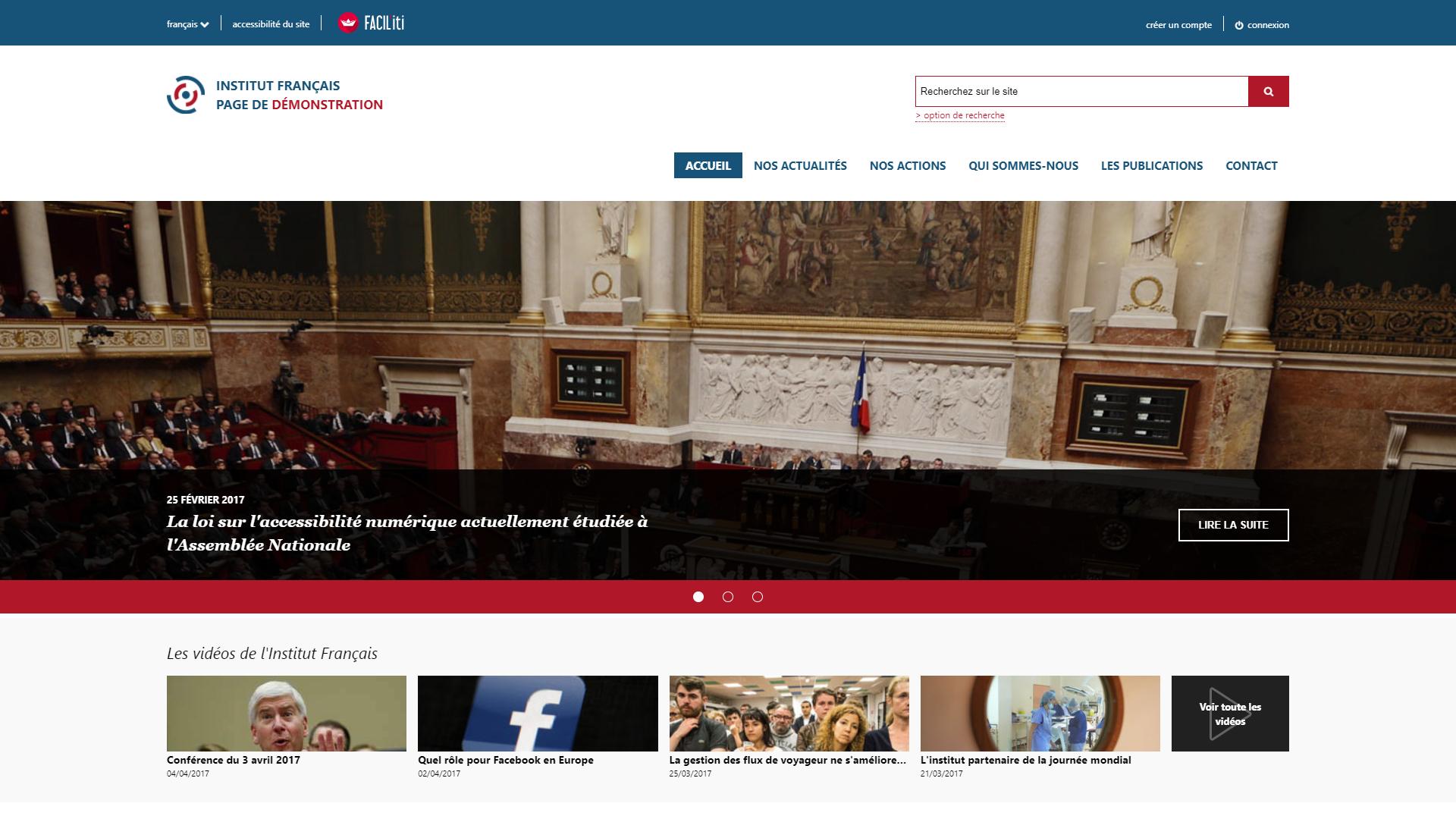 Une page d'accueil d'un site de démonstration avec FACIL'iti activé pour la pathologie Achromatie